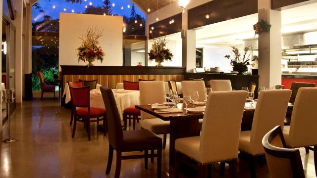 628ad-w1600h900q75restaurant-andiamo-la-06
