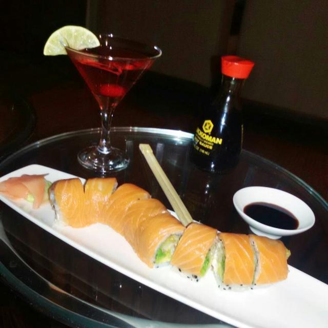 sushi en nau lounge by real intercontinental